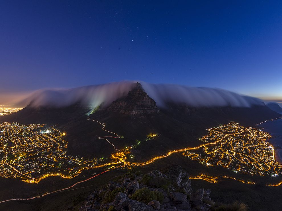 table-mountain-fog_89675_990x742